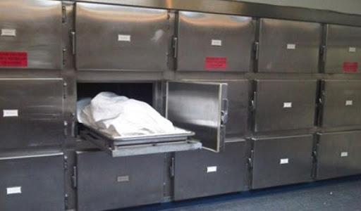 Έμεινε 13 μέρες στο νεκροτομείο γιατί ο αδερφός του έλεγε δεν είχε χρήματα για την κηδεία