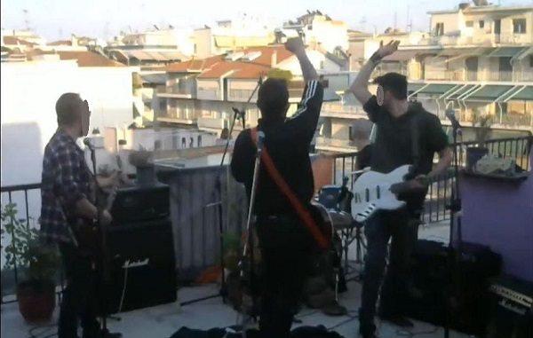 Έκαναν live σε στην ταράτσα στη Λάρισα για να ενισχύσουν ευπαθείς ομάδες - ΦΩΤΟ