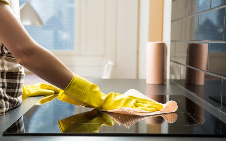Τα λάθη που αντί να καθαρίζουν… βρωμίζουν το σπίτι