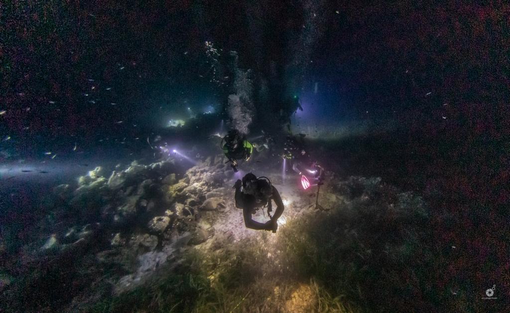Πανσέληνος στο αρχαίο ναυάγιο της Περιστέρας (photos)