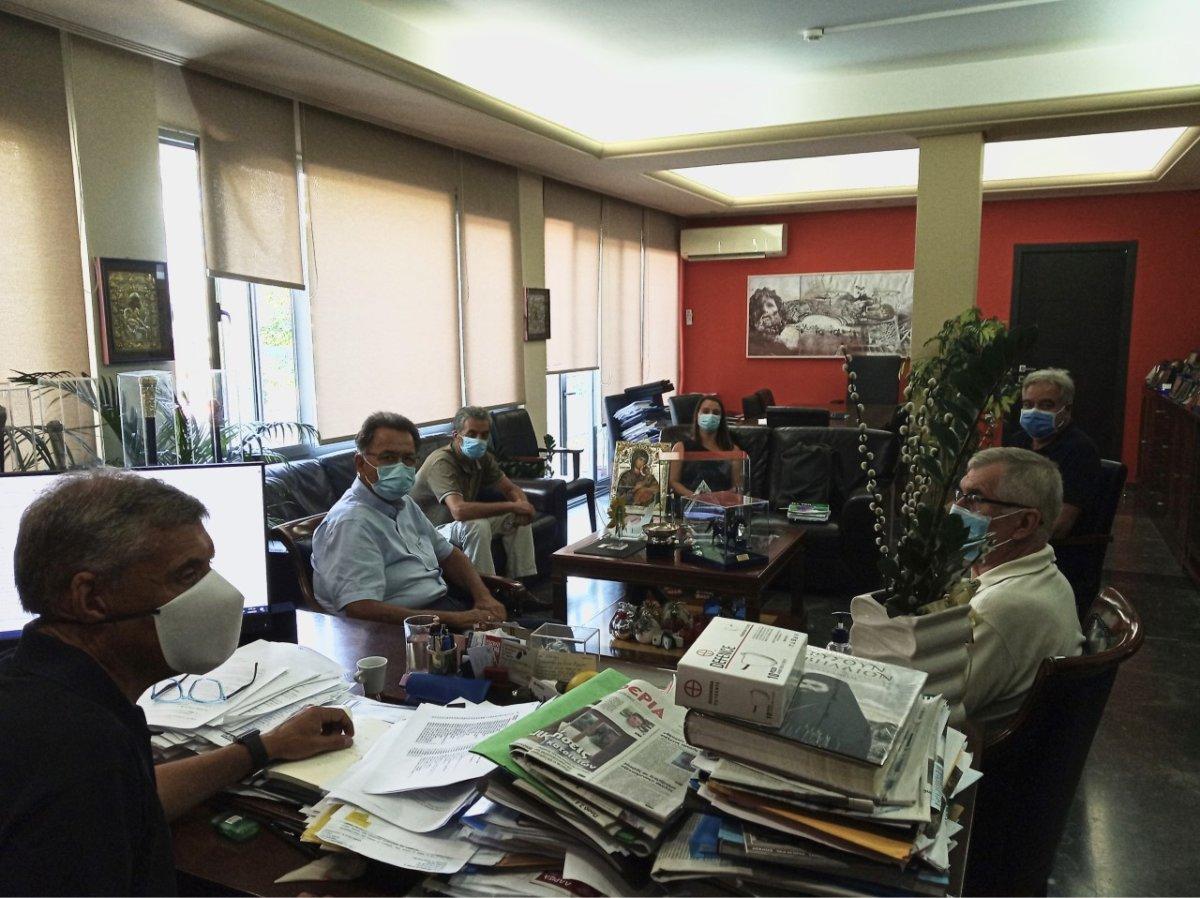 Λάρισα: Μια σύσκεψη για τον κορωνοϊό με ερωτηματικά…