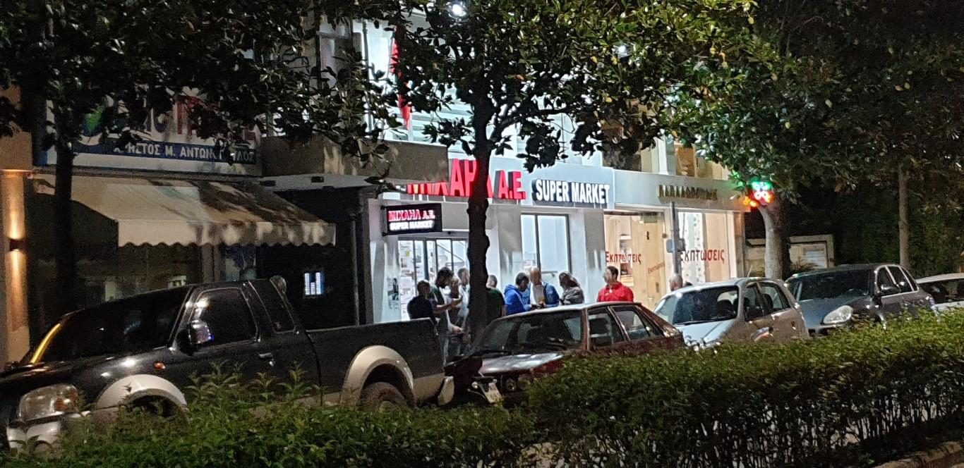 ΛΗΣΤΕΙΑ σε σούπερ μάρκετ στα Τρίκαλα (φώτο)