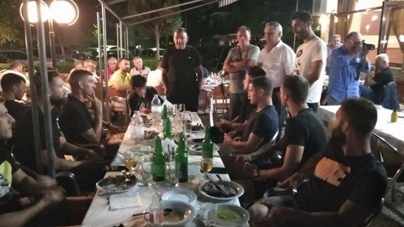 ΑΕΛ: Δείπνο στη Φαλάνη με ευχές για μια καλύτερη χρονιά - ΦΩΤΟ