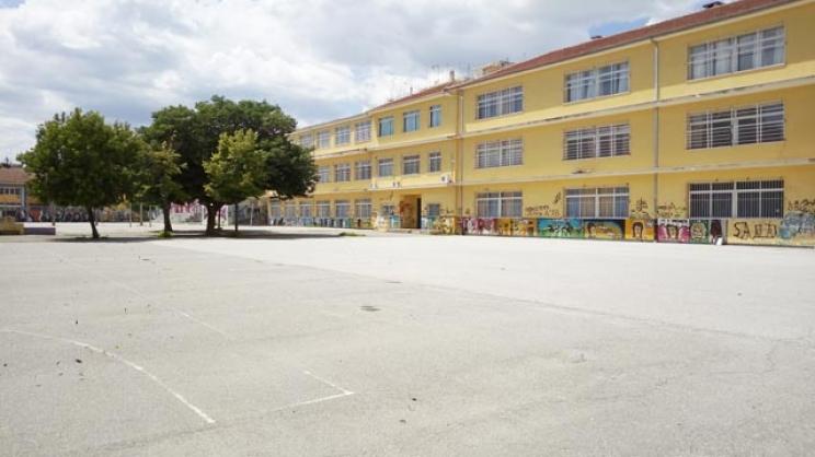 Βανδαλισμοί και καταστροφές σε σχολεία της Λάρισας