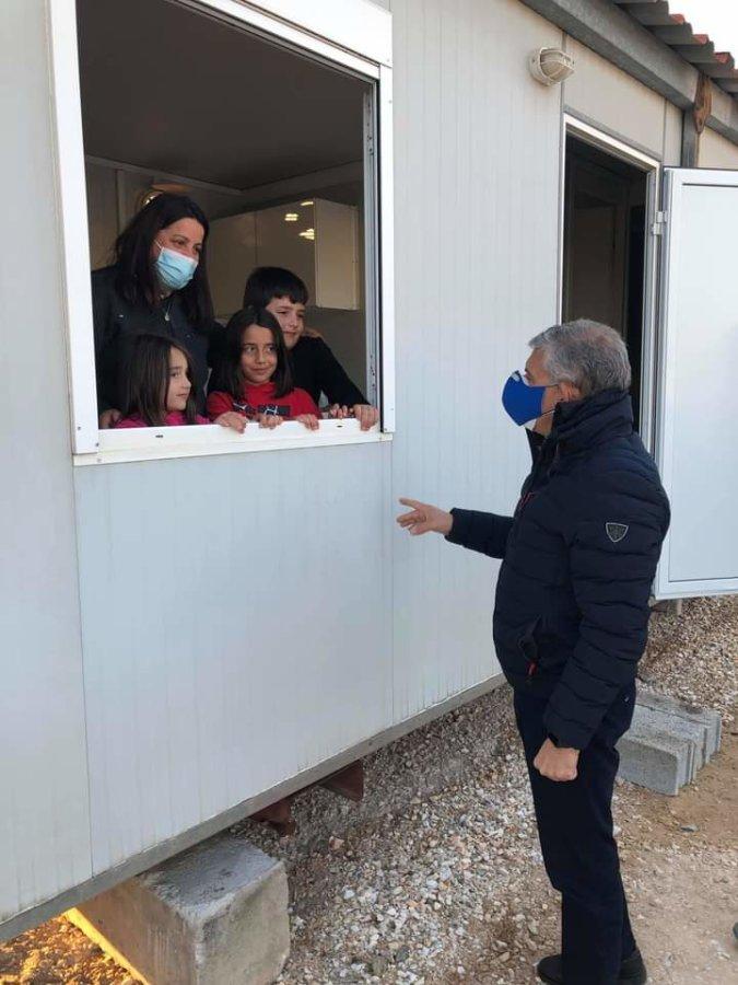Εγκαταστάθηκαν οι πρώτες οικογένειες σε οικίσκους στο Βλαχογιάννι