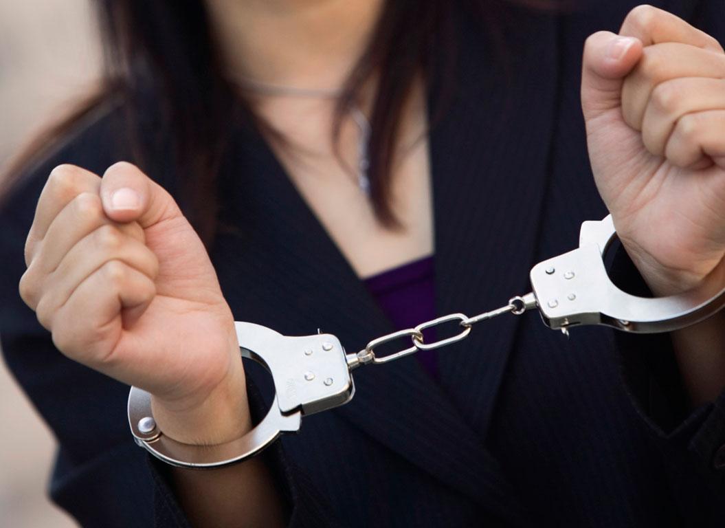 Συλλήψεις για κλοπή σε Λάρισα και Τύρναβο