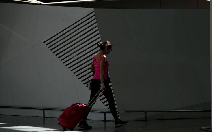 Θεοχάρης: Συζητάμε την άρση περιορισμών για Ρώσους τουρίστες, ακόμη πιο νωρίς