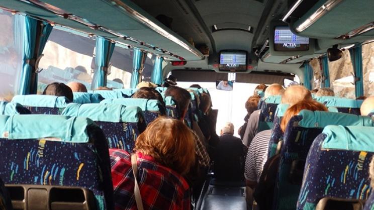Λάρισα: Τα λεωφορεία των τουριστικών γραφείων ξανά ...με «αλάρμ»