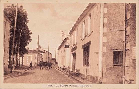 La-Ronde-13641-carte-postale