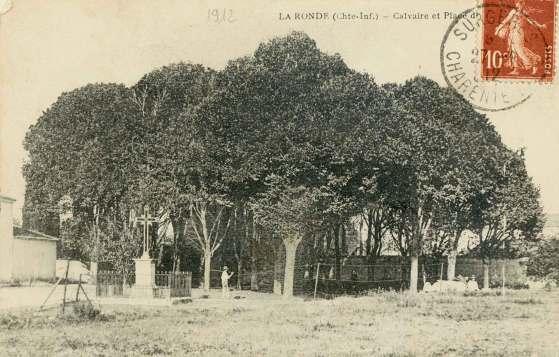 La-Ronde-calvaire-carte-postale-1912
