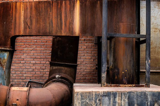 POTD: Bricks and Steel