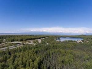 Glenn hwy / Mirror lake looking north/east.