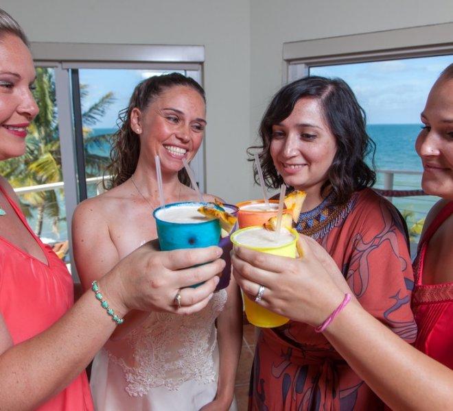 placencia-belize-beach-wedding-couple-7