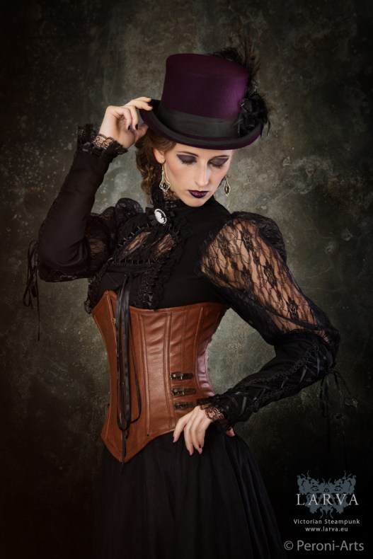 dark-steampunk_the-ringmaster
