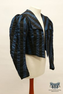 victorian-silk_jacket_striped_front