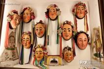 Eine Sammlung verschiedenster Hanselschemen finden ihren Platz in einer großzügigen Nische des Museum
