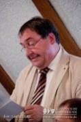 Rudolf Gwinner in seinem Vortrag über Baaremer Schemen