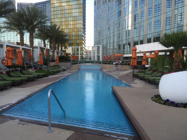 mandarin-oriental-las-vegas-condos-for-sale-pool-area