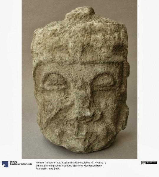 Cabeza de un hombre encontrada en el río Jabón, también está en Berlín