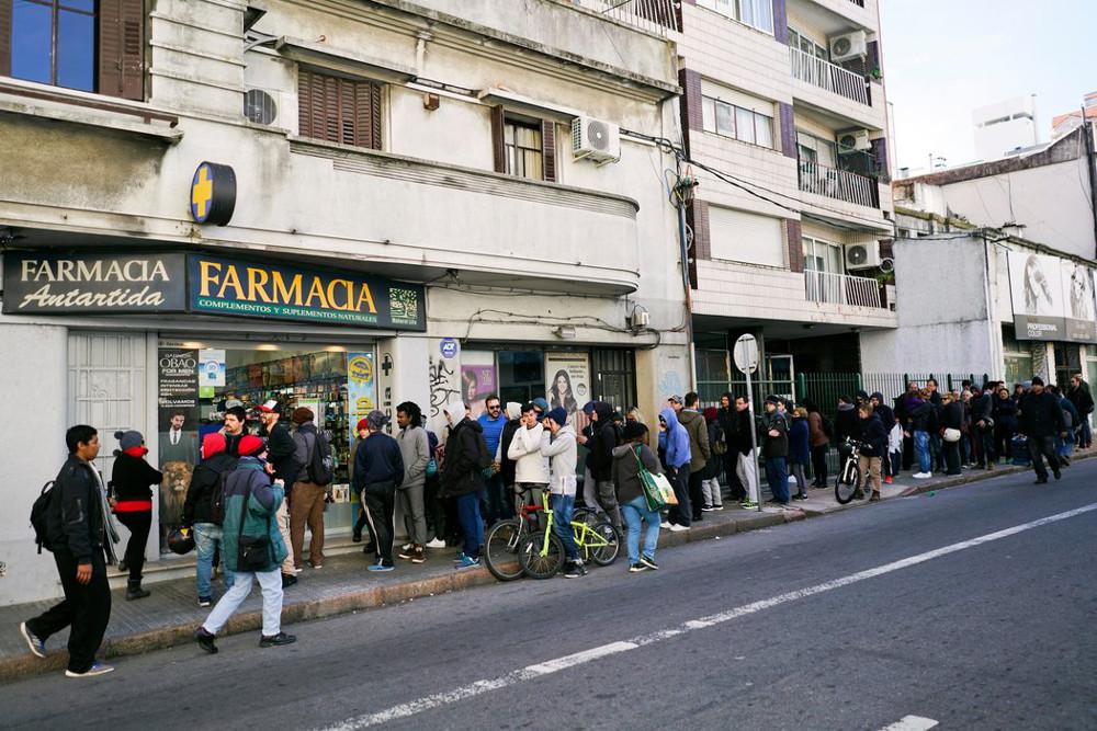 Los bancos dificultan el proceso de regulación del cannabis en Uruguay