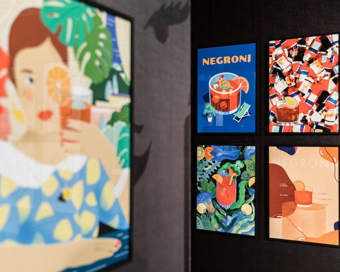 n100-negroni-galleria-campari-milano-100-anni-arte-bicchiere