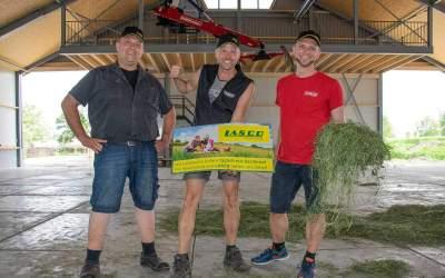 Silage ade, Heu juhee – Ein niederländischer Landwirt stellt auf Heumilch um