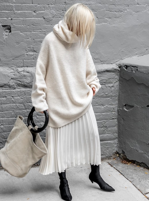 Pleated Skirt Street Style Inspiration La Selectivala
