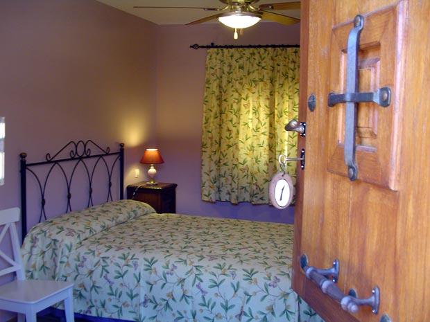 habitacion-cama-doble