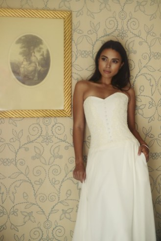 robe-de-mariee-bustier-organse-blog-mariage-lasoeurdelamariee-ashley