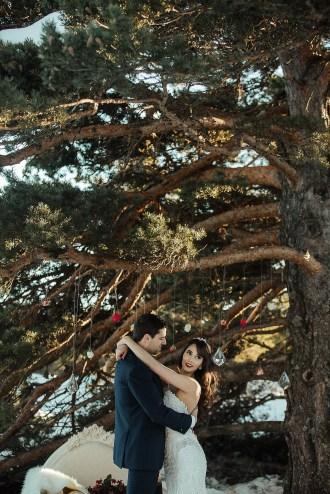 shooting-inspiration-dark-romance-mariage-romantique-glamour-hiver-neige-lasoeurdelamariee-blog-mariage