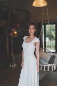 Robe de mariée en cuir blanc Les Mariées Fox - Louise