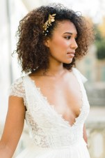 """Ornement de cheveux mariée """"Manon"""" avec fleurs et cristaux"""