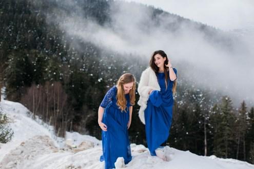Demoiselles d'honneur en robes bleu