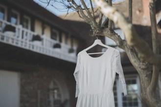 Robe de mariée manches longues en dentelle