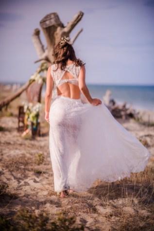 Mariée sur le sable