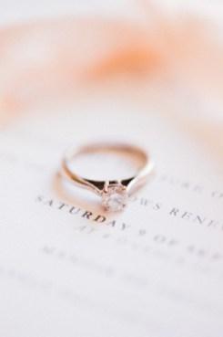 Solitaire en bague de fiançailles