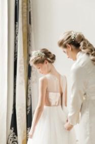 les-preparatifs-de-la-mariee-et-demoiselles-dhonneur-la-soeur-de-la-mariee-blog-mariage (25)