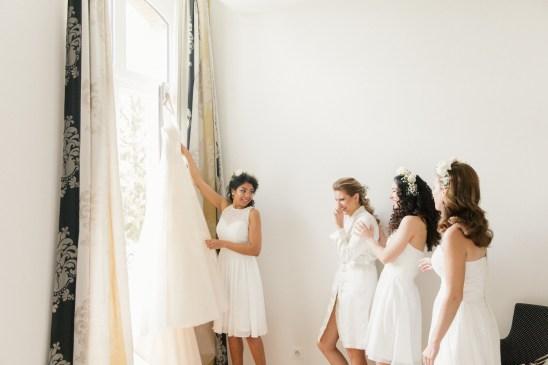 les-preparatifs-de-la-mariee-et-demoiselles-dhonneur-la-soeur-de-la-mariee-blog-mariage (27)
