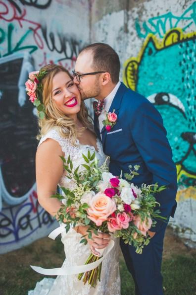 couple-mariage-montreal-streetart