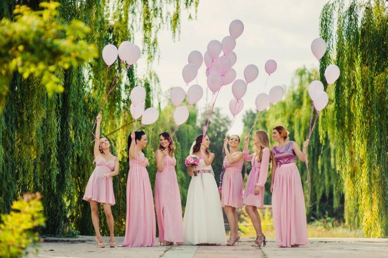 robes-demoiselles-dhonneur-mariage-differentes-couleurs-la-soeur-de-la-mariee-blog-mariage (5)