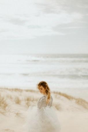 mariee-mariniere-tulle-gris-plage-cap-ferret