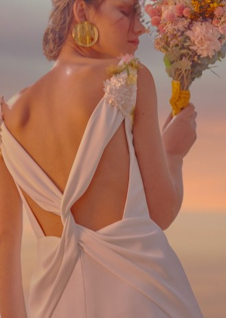 robe-de-mariee-fleurs-bebas-silene (2)