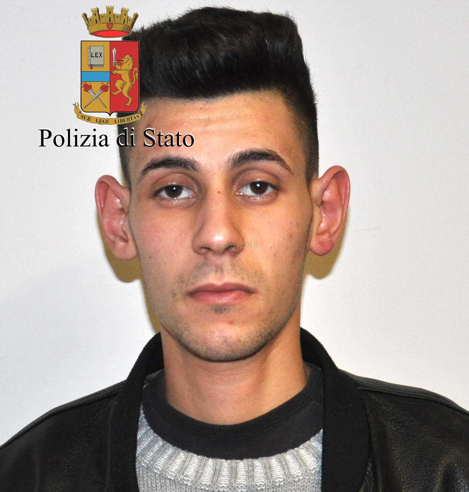 Reggio Calabria - Un arresto per detenzione di marijuana ai fini di spaccio