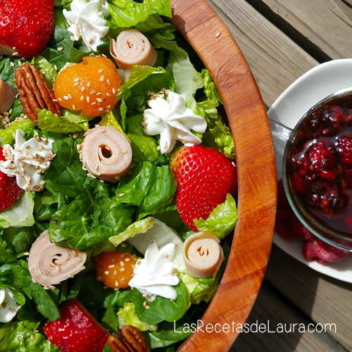 cuadrada ensalada con frutas