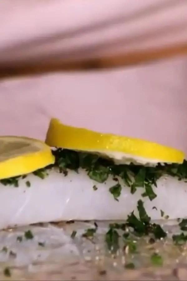 Pescado empapelado al limón