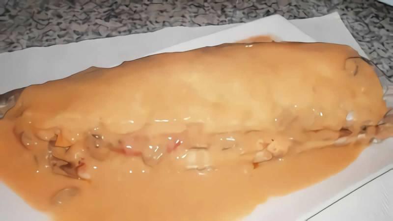 Merluza rellena de jamón serrano, gambas y huevo duro