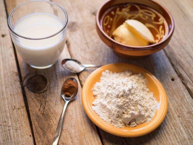 Ingredientes de Salsa Bechamel para los pimientos