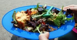 Lees meer over het artikel Picknick food: Salty cake & Speltsalad