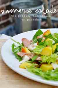 Recipe: Summer salad with peach, mozzarella and Parma ham