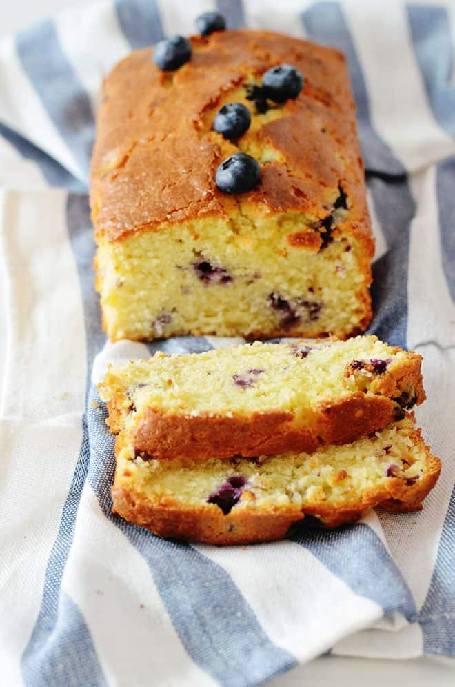 yoghurt bosbessen cake